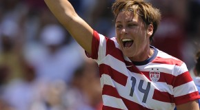 Abby Wambach officially cleared to play
