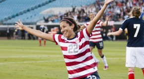 Press scores two more; will be first American to win Damallsvenskan golden boot