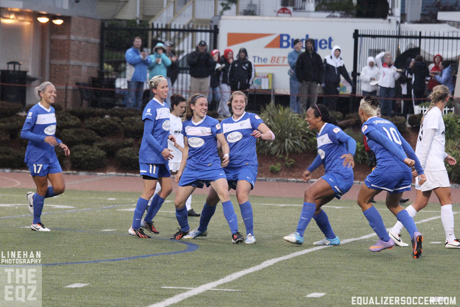 The Breakers dismantled the Spirit 5-2 on Saturday. (Photo copyright Linehan Photography for The Equalizer.)