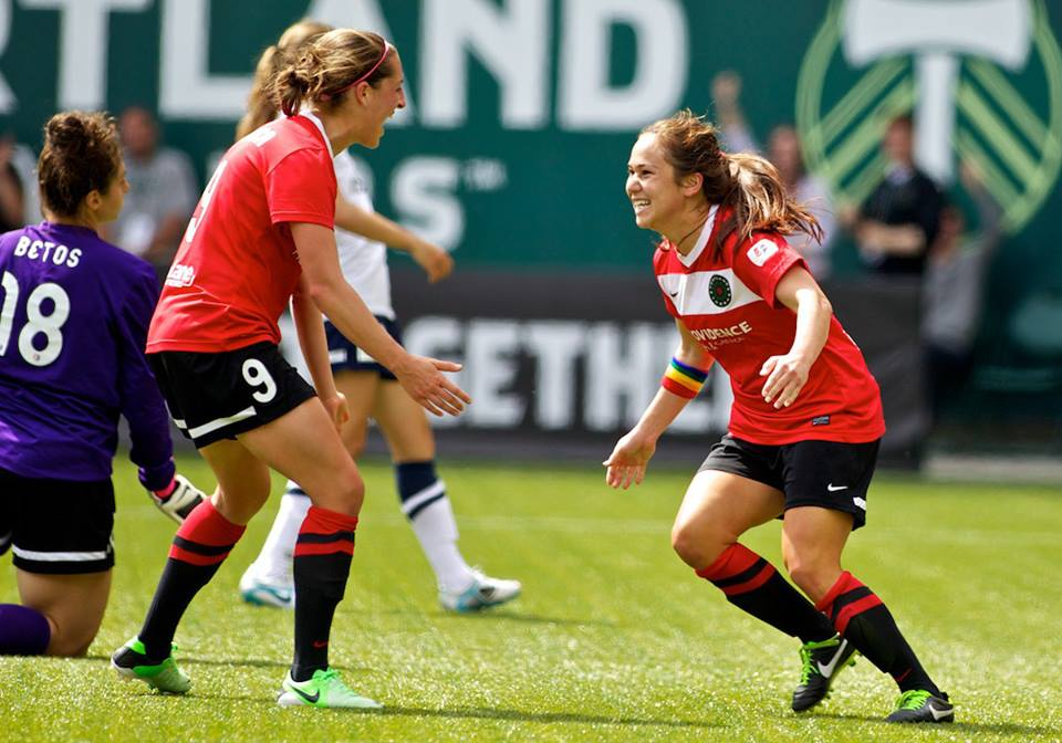 Danielle Foxhoven (left) has been traded from Portland to Seattle. (Craig Mitchelldyer/Portland Thorns FC)
