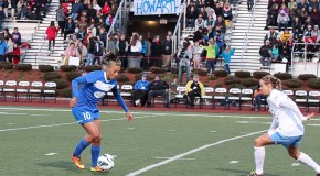 Thorns acquire rights to Lianne Sanderson