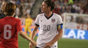 Wambach says players didn't get Sermanni fired; Lloyd 'shocked as everyone' by coaching change