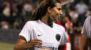 Thorns stay unbeaten, hand Spirit first loss