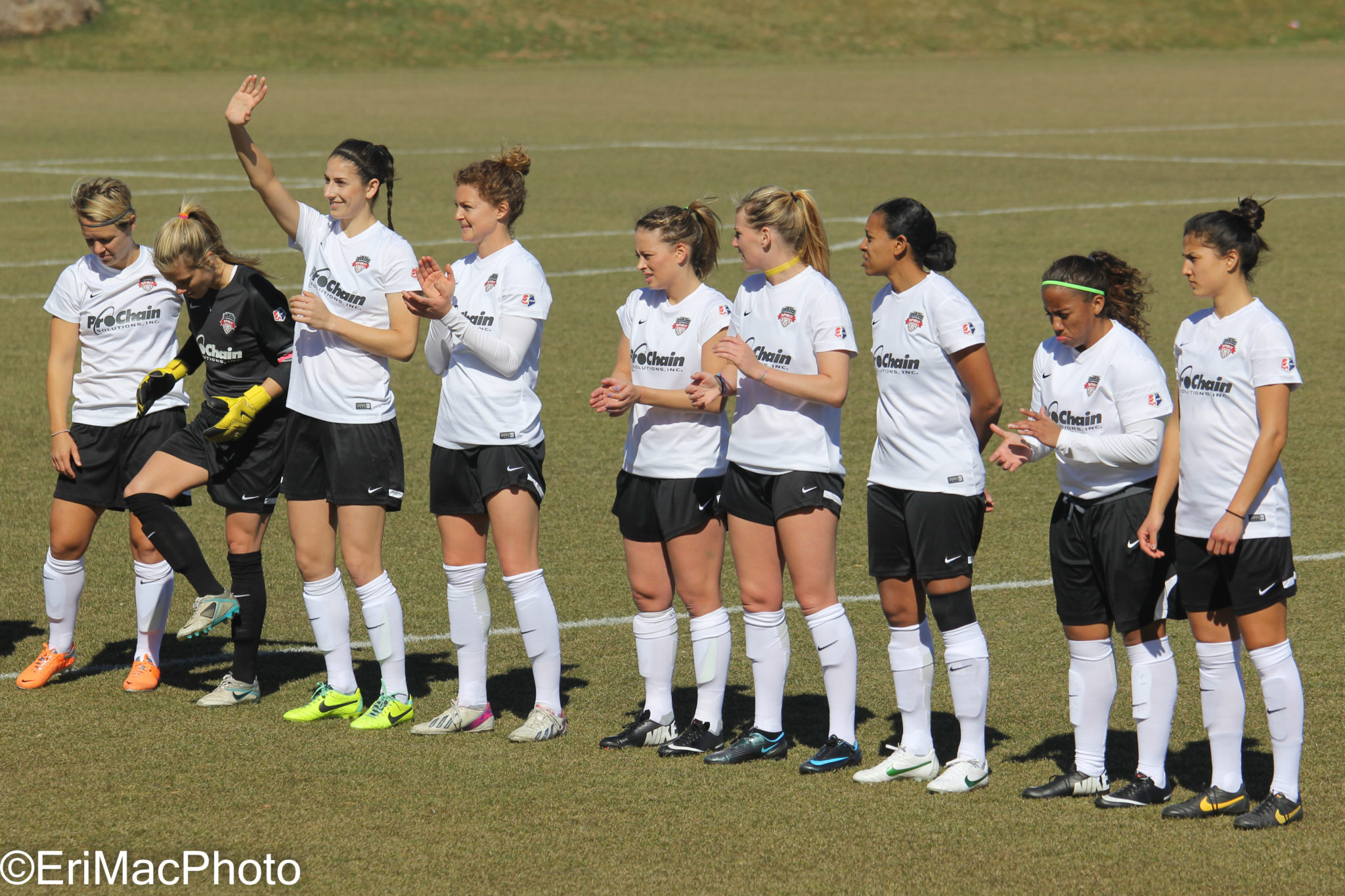 Yael Averbuch (waving) made her first appearance in a Spirit kit during Saturday's intrasquad scrimmage (photo copyright EriMacPhoto for The Equalizer)