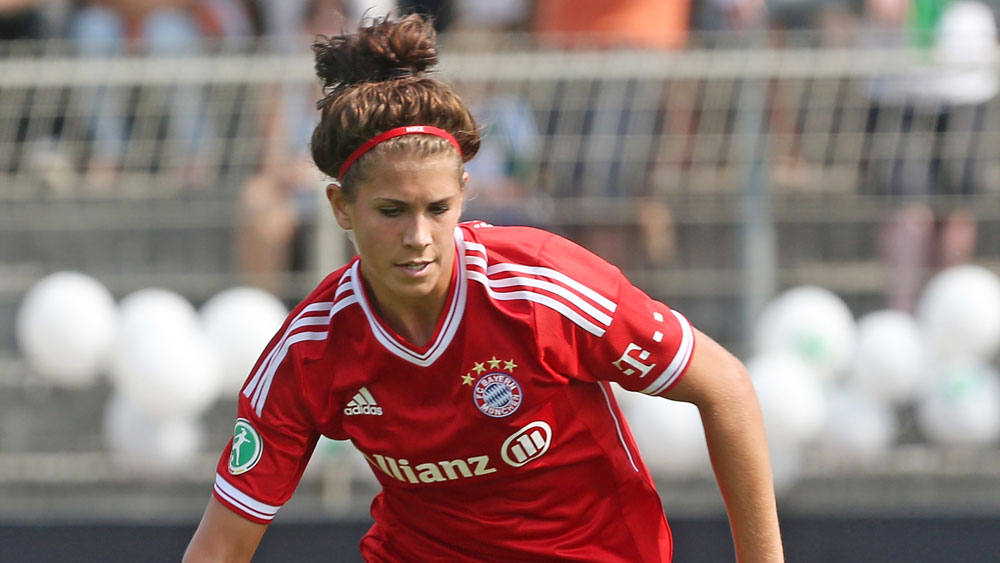 Sarah Hagen, shown in Bayern Munich kit, scored twice on her first start for FC Kansas City.