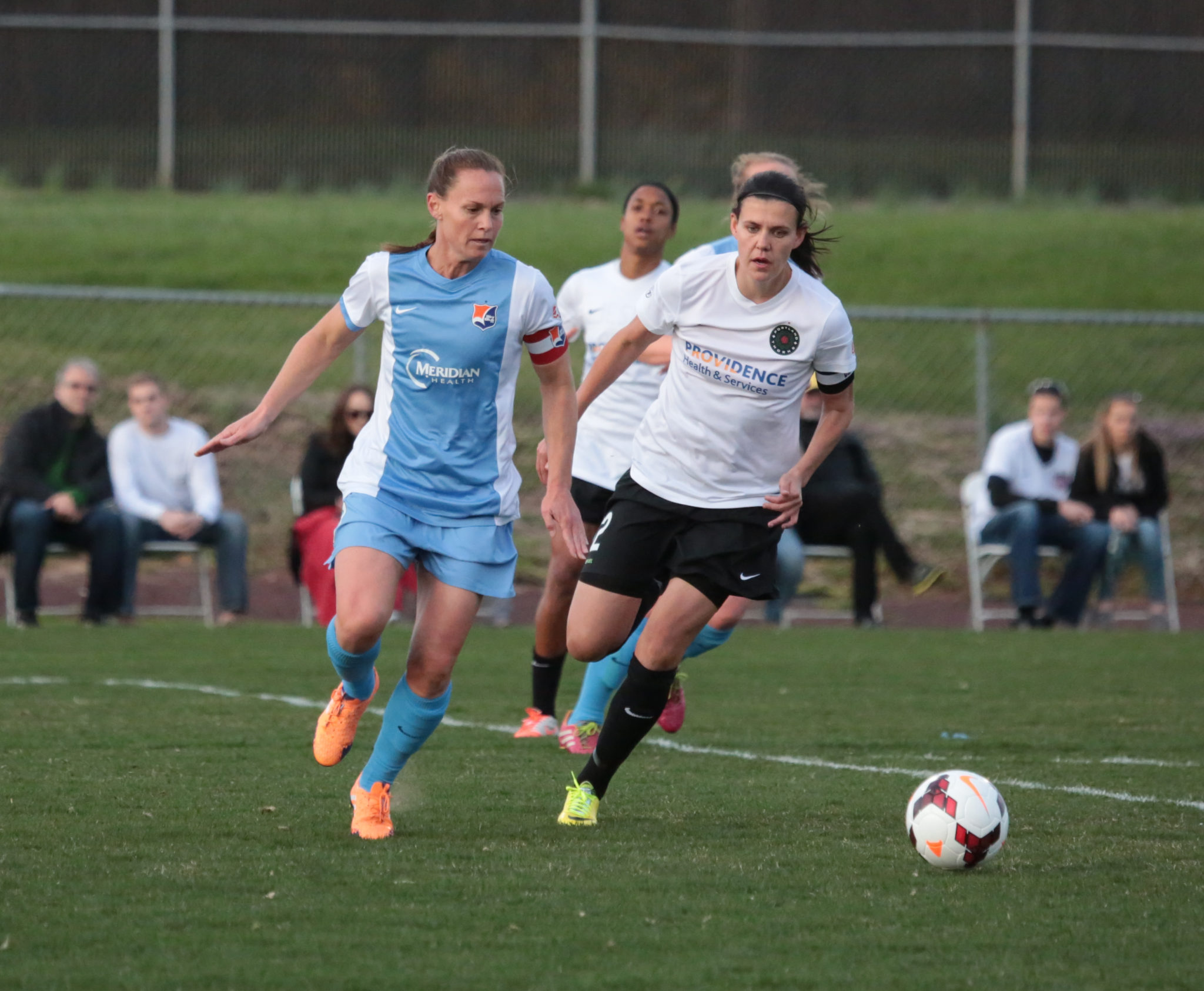 Christie Rampone (left)'s Sky Blue FC are now 3-1-2 all-time against Christine Sinclair's Thorns (Photo Copyright Todd Green/Sky Blue FC)