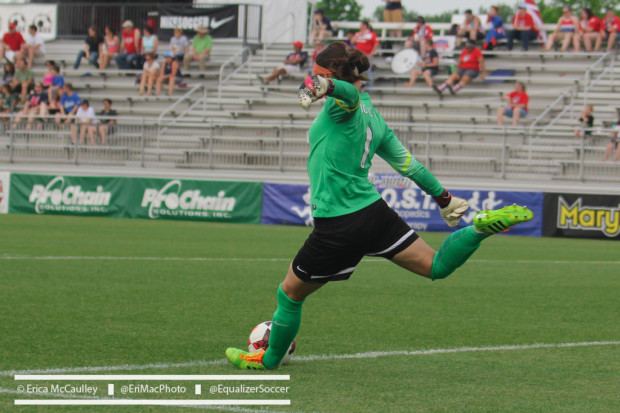 Erin McLeod and the Dash have now won three consecutive matches after beating the Flash for the 2nd time this season. (Copyright EriMac Photo for The Equalizer)