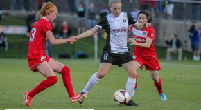 Reign rally to beat Spirit, will host final