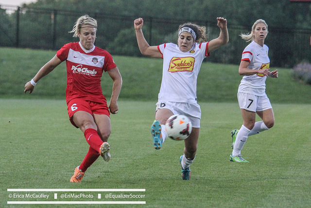 Angela Salem (center) is headed to the Washington Spirit. (Photo Copyright Erica McCaulley for The Equalizer)
