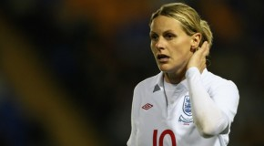 Friday Roundup: Pregnant Kelly Smith won't play in farewell match