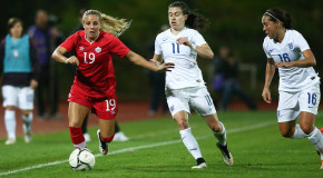 Monday Roundup: Breakers sign Canadian forward Adriana Leon