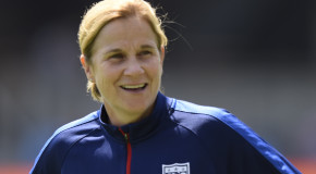 Ellis gets multi-year extension as USWNT coach