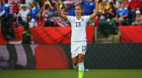 Alex Morgan has knee surgery, out 3-4 weeks