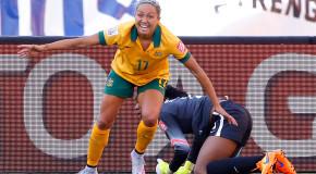 Australian Kyah Simon set for return to Breakers