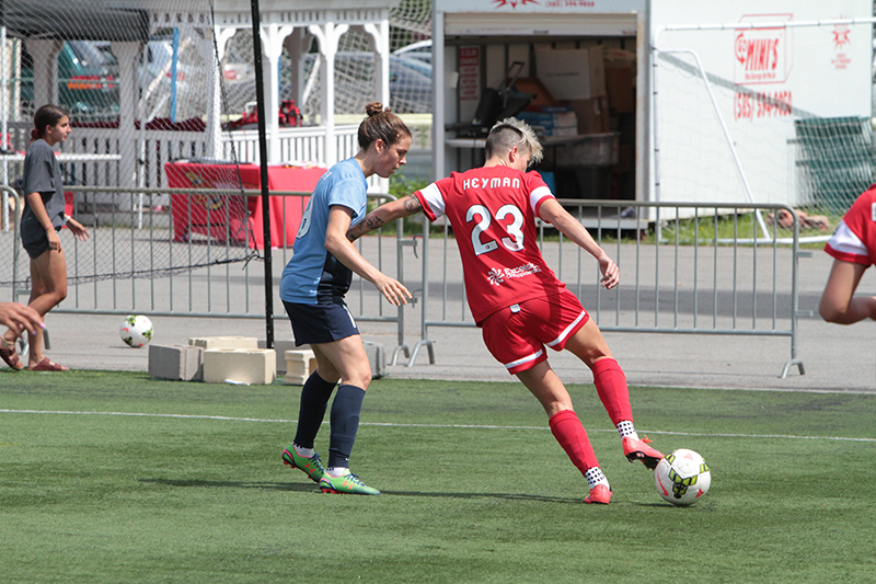 Kelley O'Hara (left) had two assists for Sky Blue FC and Michelle Heyman scored in her WNY Flash debut in a 3-3 draw on Sunday. (Photo Courtesy WNY Flash)