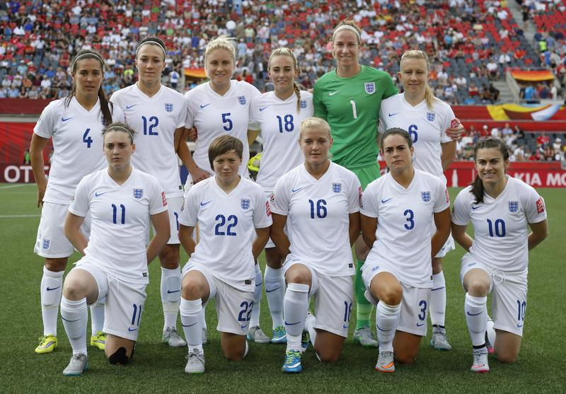 It will take a team effort to England to dethrone the holders. (Getty Images)