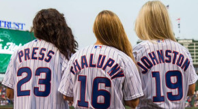 Press, Johnston, Chalupny sing, pitch at Cubs game