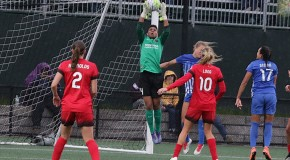 Breakers lose at home to Thorns off late goal