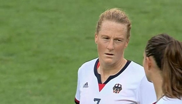 Melanie Behringer announced her retirement from Germany's national team.
