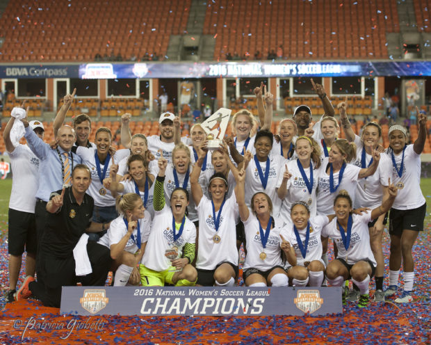 Western New York Flash celebrate their NWSL Championship win (photo by Patricia GGiobetti for The Equalizer)
