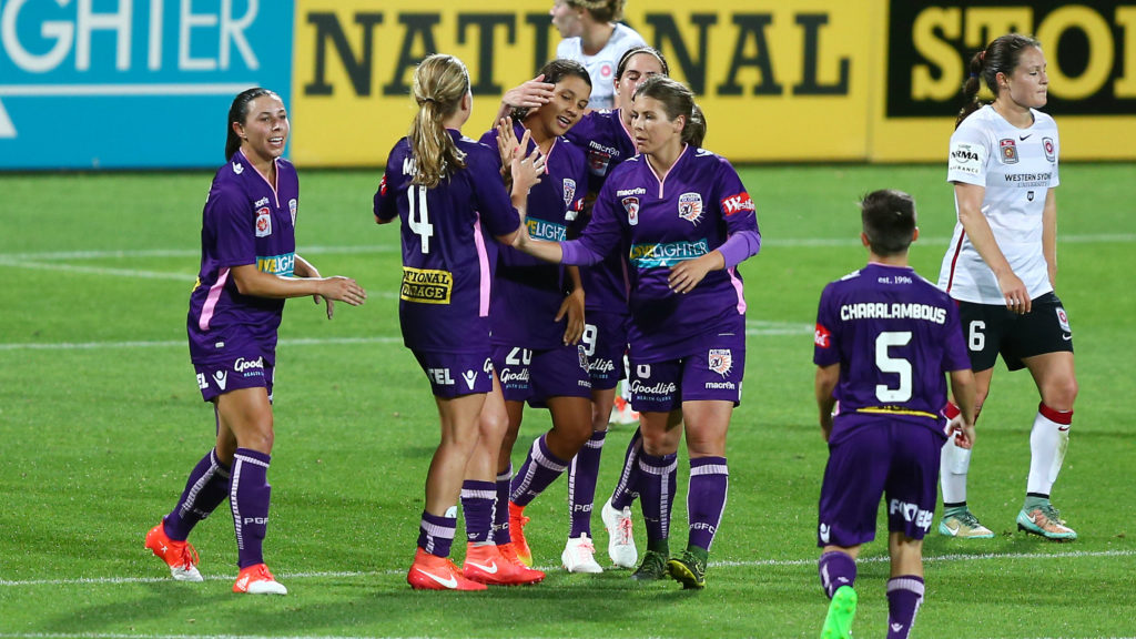 Sam Kerr scored a brace to lift Perth in Week 1. (Photo: Westfield W-League)