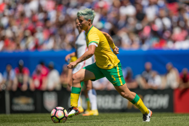 New Dash defender Janine Van Wyk is South Africa's captain and most capped player--female or male (photo courtesy: ISI photo)