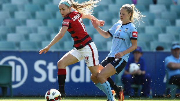 Sydney FC defeated the Western Sydney Wanderers in the Sydney Derby to climb to the top of the W-League table. (photo courtesy Westfield W-League)