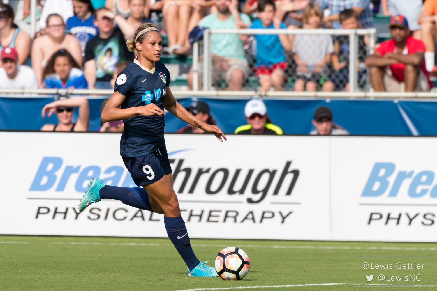 Lynn Williams suffered a high-ankle sprain while with the USWNT but could return for the Courage as early as this weekend. (photo copyright Lewis Gettier)
