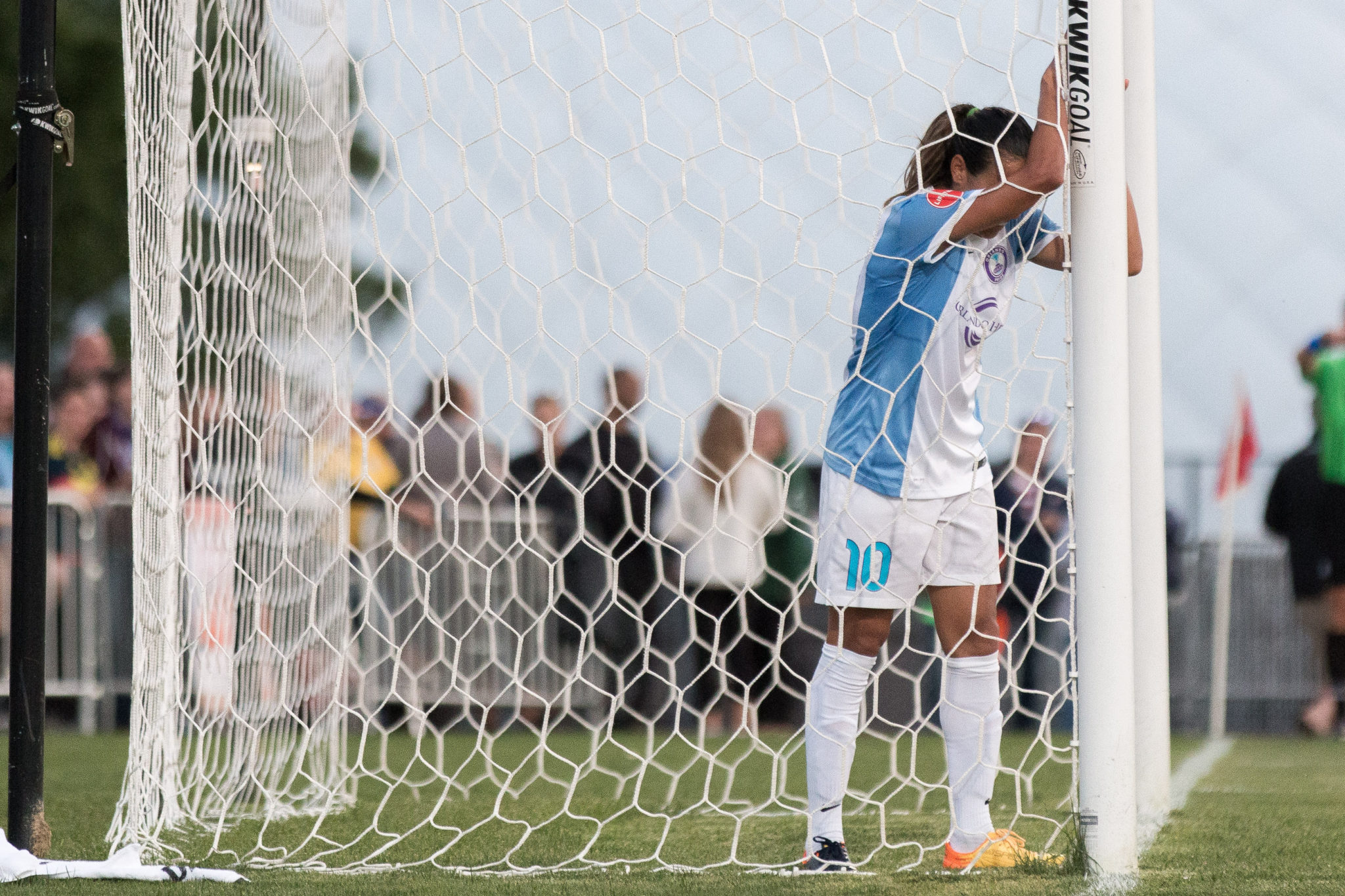 Marta and the Pride lost to the Dash, and lost some momentum as well. (photo copyright Katie Cahalin for The Equalizer)