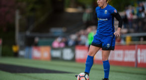 Thursday Q&A: Seattle Reign midfielder Christine Nairn