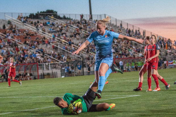 Mark Parsons says the Thorns want to goalkeeper other than Adrianna Franch (photo copyright Katie Cahalin for The Equalizer)