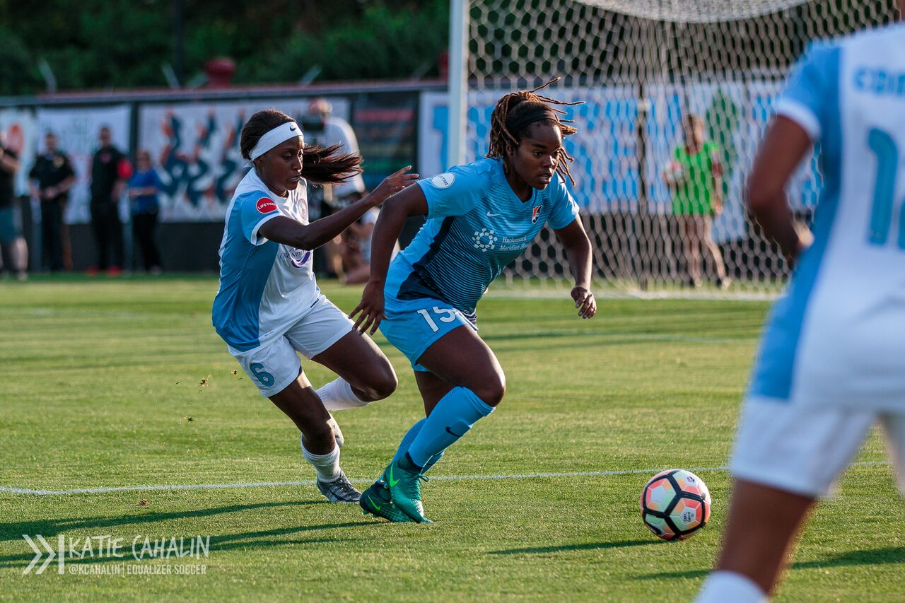 Kayla Mills defends against Orlando's Chioma Ubogagu early in the game. (photo copyright Katie Cahalin for The Equalizer)