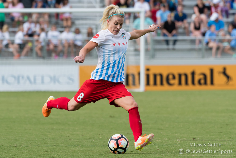 Moving Julie Ertz to the midfield has really made a difference for the Red Stars. (photo copyright Lewis Gettier)