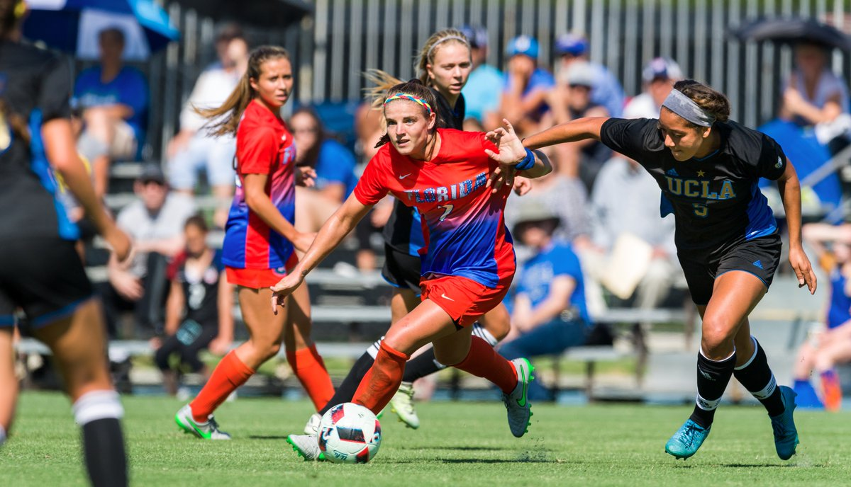 Savannah Jordan has signed with the Thorns after a brief stint playing in Scotland.