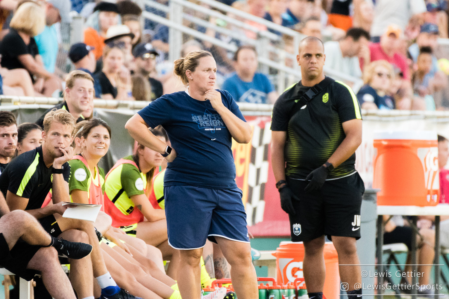 Reign coach Laura Harvey looks on with concern during Reign loss to North Carolina on Saturday. (Photo copyright Lewis Gettier.