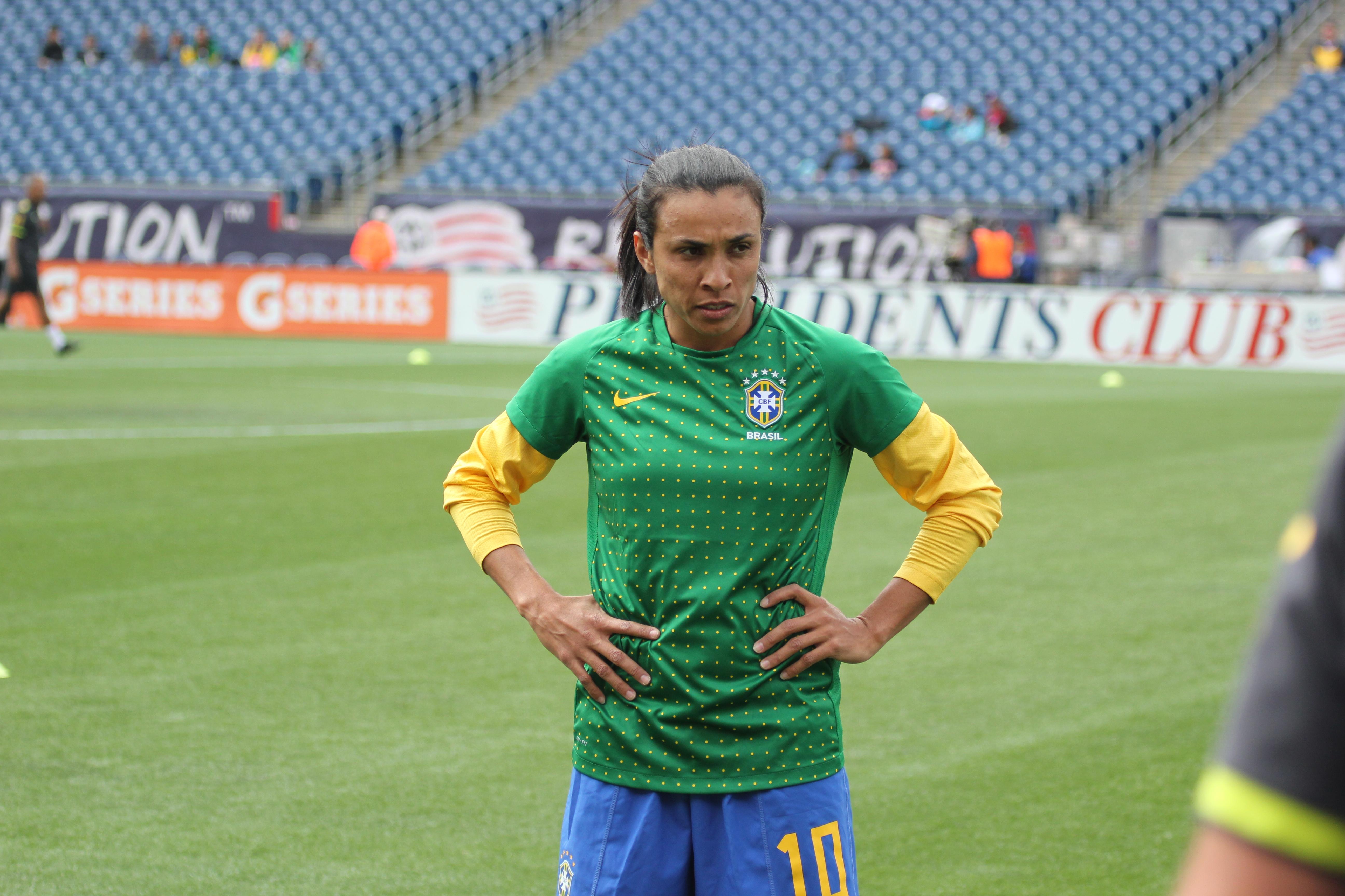 Report Marta Ok After Car Crash In Brazil Equalizer Soccer