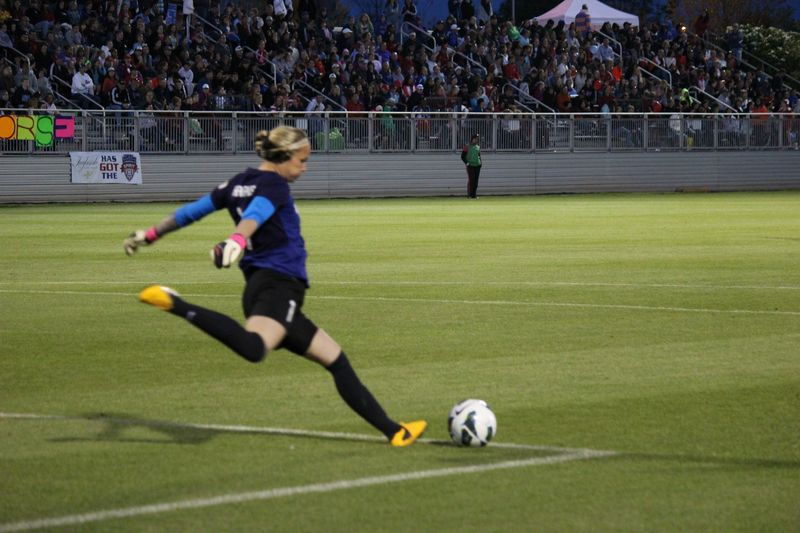 Ashlyn Harris Washington Spirit crowd