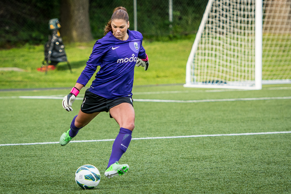 Hope Solo_Seattle Reign vs. Portland Thorns