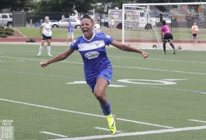 Lianne Sanderson scored twice and assisted on Julie King's goal to help the Breakers win their first game of the season.  (Photo Copyright Linehan Photography for The Equalizer)