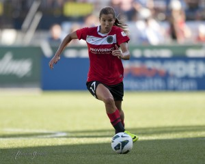 Tobin Heath is questionable for Portland's season opener after being sidelined with a back injury. (Copyright Patricia Giobetti | http://www.printroom.com/pro/psgiobetti)