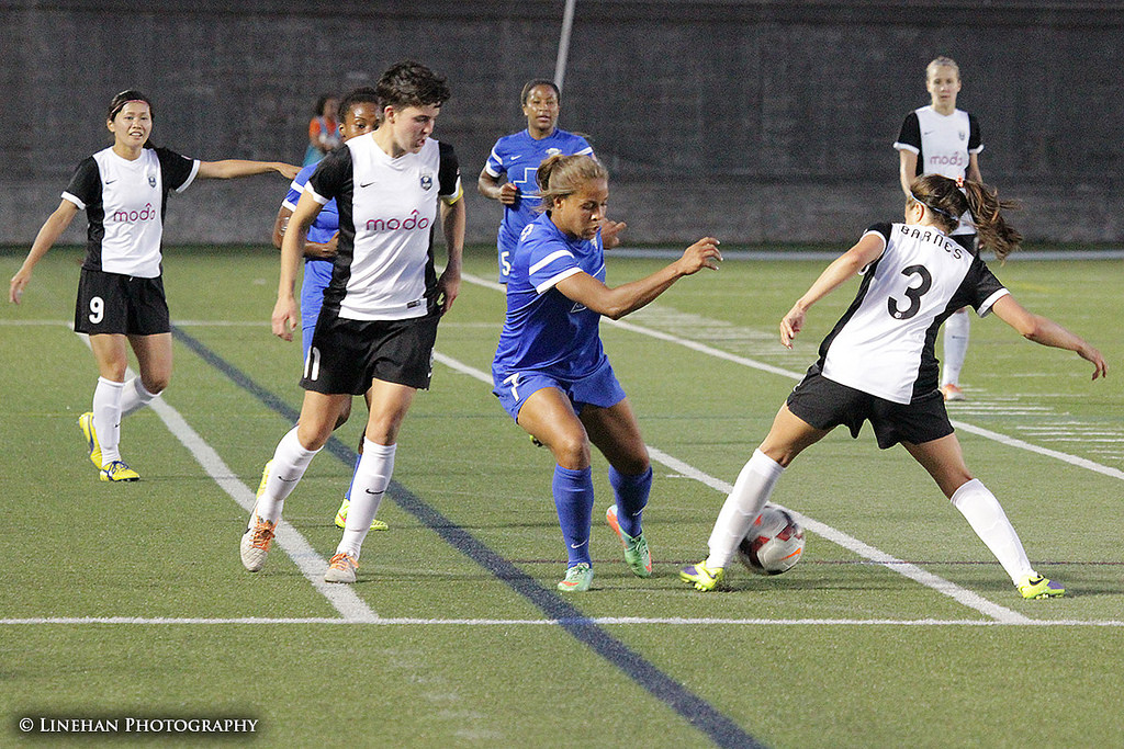Keelin Winters' goal off a Nahomi Kawasumi corner kick helped the Reign reach the halfway point of the season undefeated. (Photo Copyright Clark Linehan for The Equalizer)