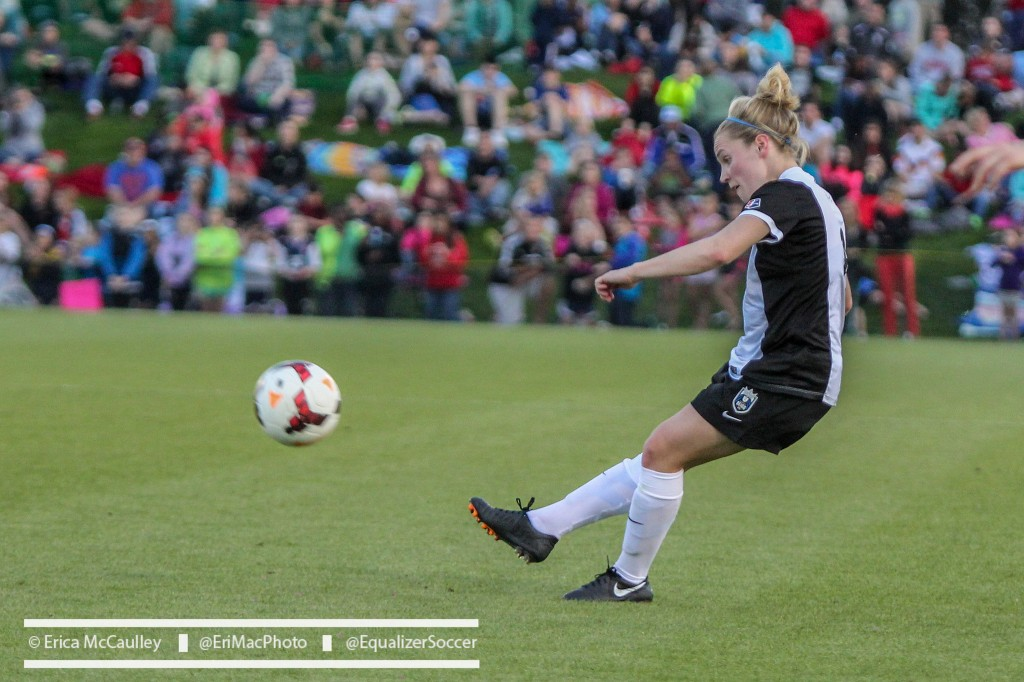 Kim Little is the 2014 NWSL MVP.  (Photo Copyright Erica McCaulley for The Equalizer)