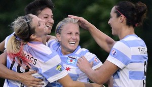 Alyssa Mautz (center) and Melissa Tancredi (right) lifted Chicago past Boston on Wednesday. (Photo: Chicago Red Stars)