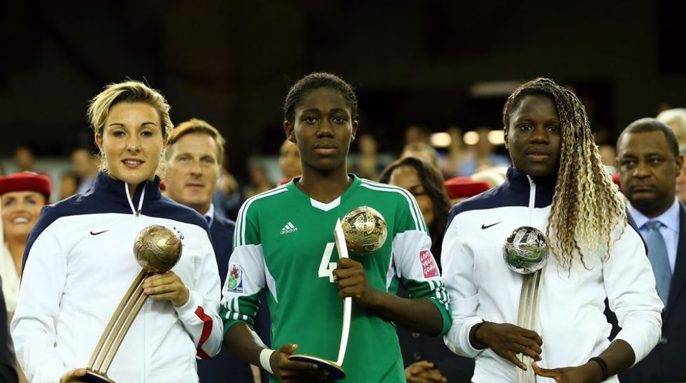 L-R: Claire Lavogez (France), Asisat Oshoala (Nigeria) and Griedge Mbock Bathy (France). (Getty Images)