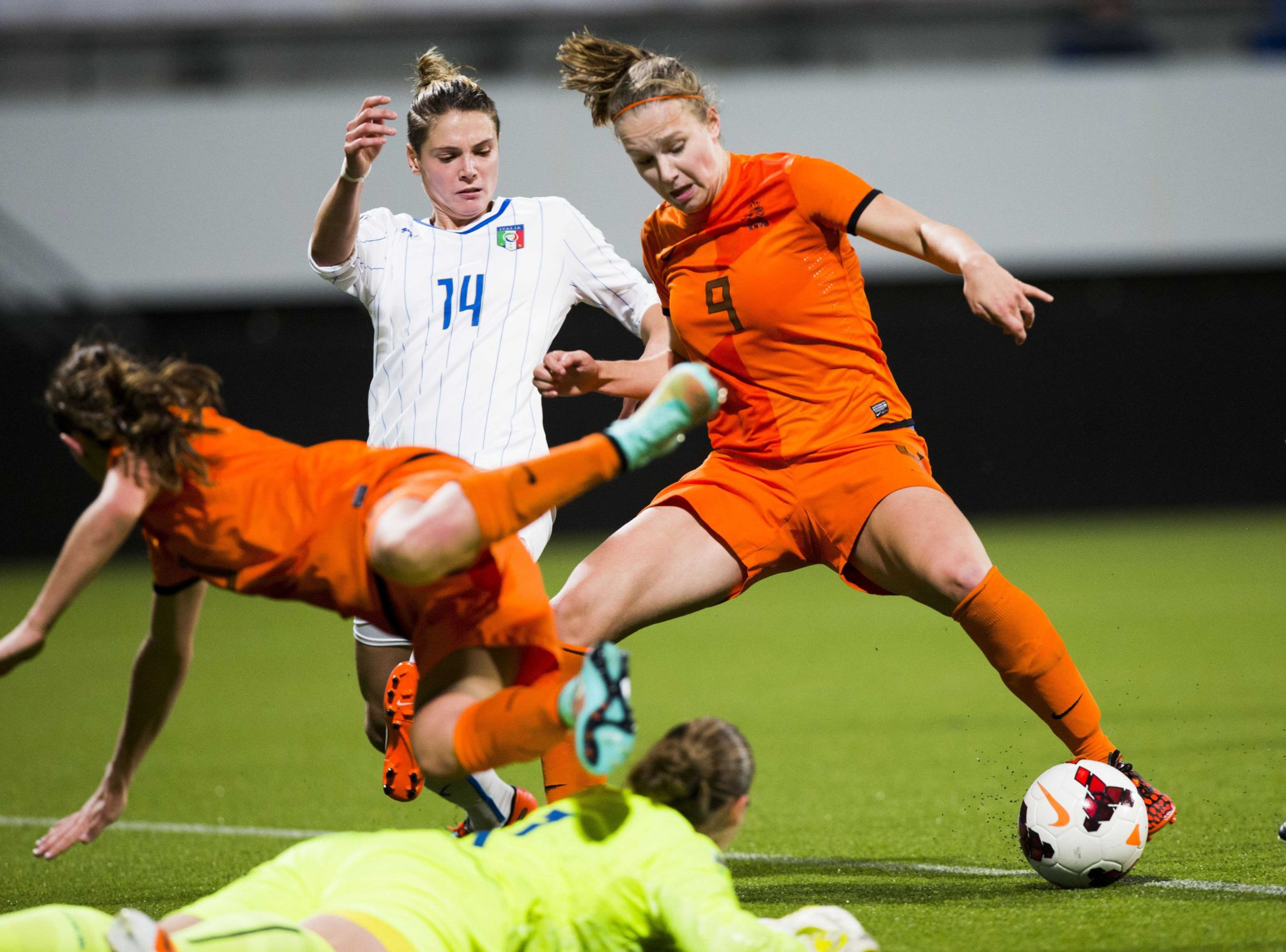 Vivianne Miedema (right) scored twice on Thursday to lift the Dutch into their first-ever Women's World Cup. (Getty Images)