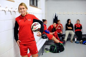 Stephanie Roche will play for the Houston Dash in 2015. (Getty Images)