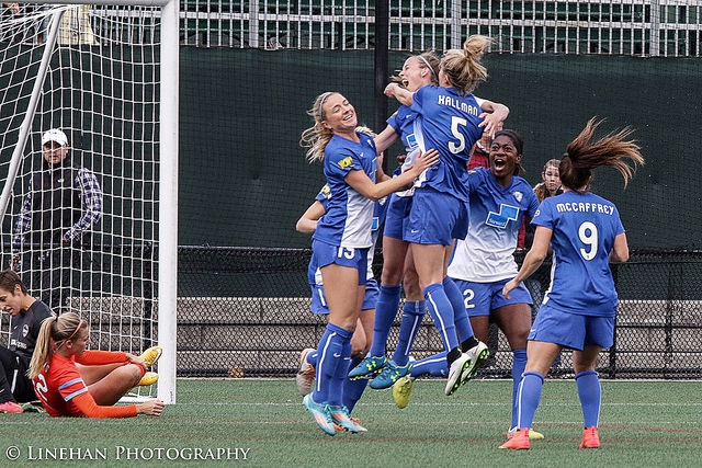 The Breakers picked up their first win of the season on Sunday over the Houston Dash. (Photo Copyright Clark Linehan for The Equalizer)