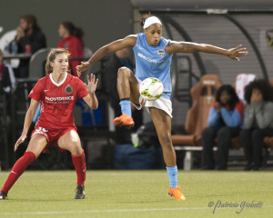 Jessica McDonald scored against her old team to lift Houston past Portland for the first time in four tries. (Photo Copyright Patricia Giobetti for The Equalizer)