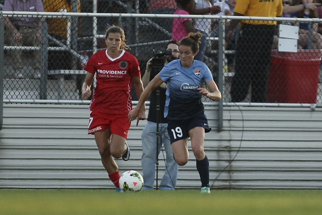 Kelley O'Hara has been on fire since the World Cup, finding consistency and happiness in the NWSL. (Photo Courtesy Robyn McNeil/Sky Blue FC)