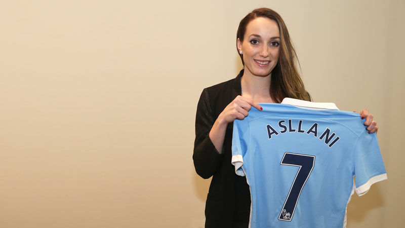 Kosovare Asllani signed with Manchester City through the end of the 2017 FAWSL season. (Photo: Manchester City)